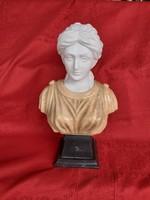 Antik, csodálatos márvány női büszt.