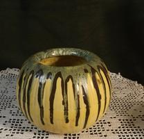 Iparművészeti  gömb váza