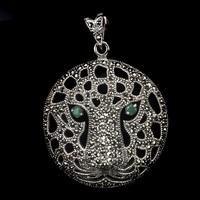 Valodi Nagy Smaragd es Markazit 925 Ezust Tigris Medal