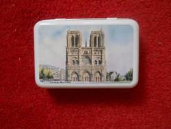 Notre Dame pléh dobozka