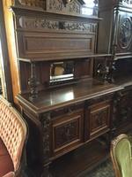 Antik reneszánsz tükrös szekrény