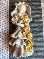 Kovács Éva lány virágcsokorral 40 cm