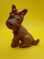 Aranyos fogfájós kerámia kutya, kutyus piros pöttyös kendővel