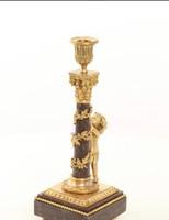 Puttós -angyalos barokk stílusú tűziaranyozott bronz gyertyatartó,márványbetét