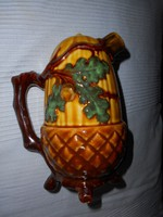 Majolika palack-kiöntő 17 cm