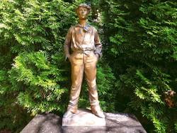 """""""Fütyülő fiú"""" bronz szobor Szignált"""
