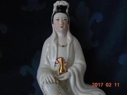 BLANC DE CHINE DEHUA KWAN YIN az Irgalom kínai istennője lótuszvirágon -25 cm