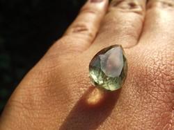Halványzöld fazettált ametiszt, drágakő, ásvány
