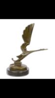 Art deco -gólya bronzszobor