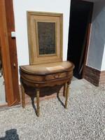 Egyedi Vintage antikolt bőr betétes konzol asztal tükörrel