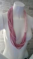 Rózsaszín-mályva újrahasznosított textil nyaklánc