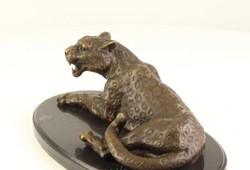 Leopard bronzszobor-állatábrázolás -bronz-márványtalp