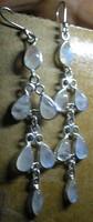 925 ezüst fülbevaló, hosszú, holdkövekkel