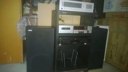 Hifi-Videoton rádió,JVC,Akai magnó,CD lejátszó 2 hangfallal,zeneszekrényben hibátlan 80-90-es évek