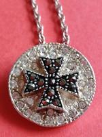 Ezüst nyaklánc máltai keresztes függővel