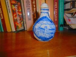 Kínai erotikus motívummal illatszeres flakon porcelán 6,5 cm