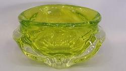 Nagyon szép urán zöld színű vastag falú üveg kínáló