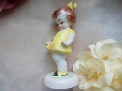 Bodrogkeresztúri Katicás kislány sárga