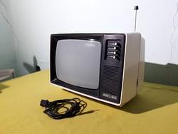 Régi retró Junoszt Junoszty Szovjet Orosz televízió tévé tv