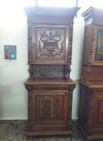 Antik bútor -  Tálaló