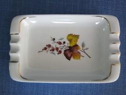 Hollóházi porcelán őszi feleveles csipkebogyós hamutál hamutartó