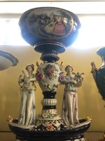 Alakos-képes porcelán meissen féle kínáló-gyümölcstál-asztalközép