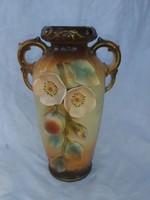 Antik Szecessziós Osztrák váza plasztikus díszítéssel, több mint 100 éves.