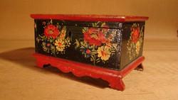 Kézzel festett antik fadoboz - ládikó