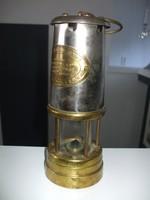 Régi antik bányász lámpa