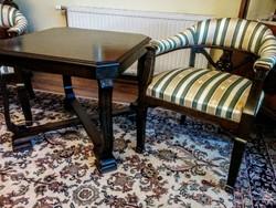 2db antik karosszék mahagóni asztallal