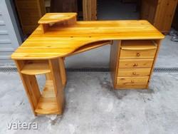 Eladó egy CLAUDIA 4 fiókos rátétes sarok íróasztal. Bútor szép állapotú, asztal lapja karc mentes ,e