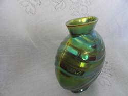 Zsolnay eozin mázas váza. Jelzése: TSA, mérete: 12 x 11,5 cm. Szállítás díjtalan.