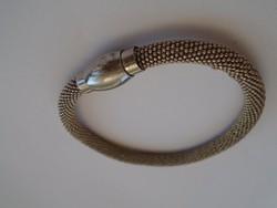 Eredeti mágneses gyógyító hatású karkötő ezüst hatású hibátlan darab