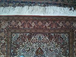 Isfahan szőnyeg évszámos, jelzett