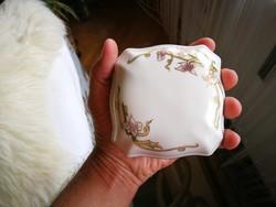 Zsolnay tavasz mintás porcelán nagy bonbonier