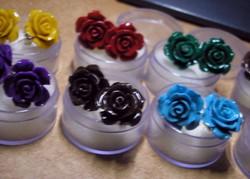 925 ezüst fülbevaló faragott kagylóhéj rózsa festett