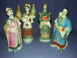 Gyönyörű Orosz porcelán pálinkás butélia csoport Kozák figurák a képek szerint