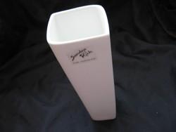 Sandra Rich fehér váza