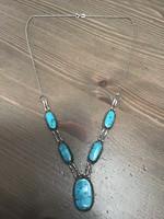 Kézműves ezüst nyaklánc türkiz kövekkel
