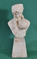 Ferdinando Vicchi (1875-1945): Boldog anyaság, márvány büszt