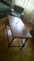 Koloniál dohányzó asztal 56x110x52 cm