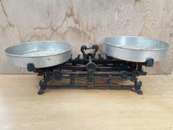 Antik öntöttvas konyhai mérleg - hattyús mérleg