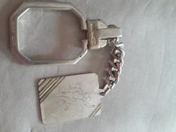 Ezüst kulcstartó ajándékba!! Gravírozható