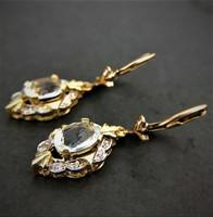 Akvamarin és gyémánt arany fülbevaló
