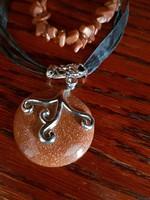 Barna napkő nyaklánc, karpereccel