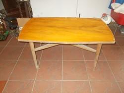 Régi retro asztal