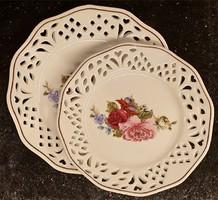Áttört szélű tányér, asztalközép