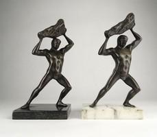 0X890 Régi bronz egészalakos férfi akt szobor pár