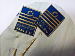 Malév Junior Club zománc kitűző párban