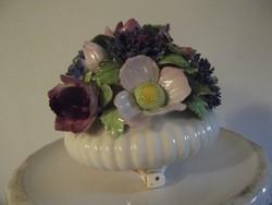 Gyönyörű angol jelzett porcelán virágcsokor vitrindísz!